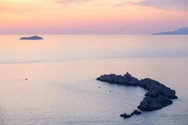 lapad-sunset-lighthouse