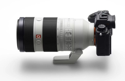 sony-a9-side-view-with-100-400mm-lens