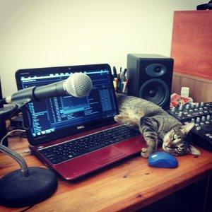 רדיו אור בזויות 194: That Cat's Something I Can't Explain