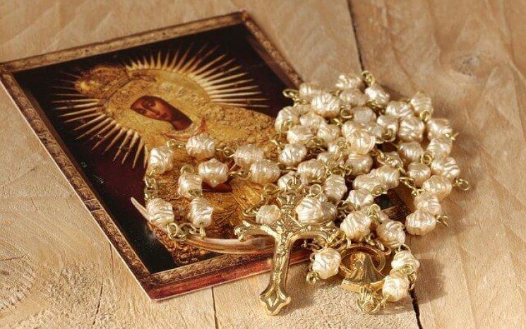 صلاة مسبحة ألقاب مريم العذراء والدة إلهنا ومخلصنا يسوع المسيح
