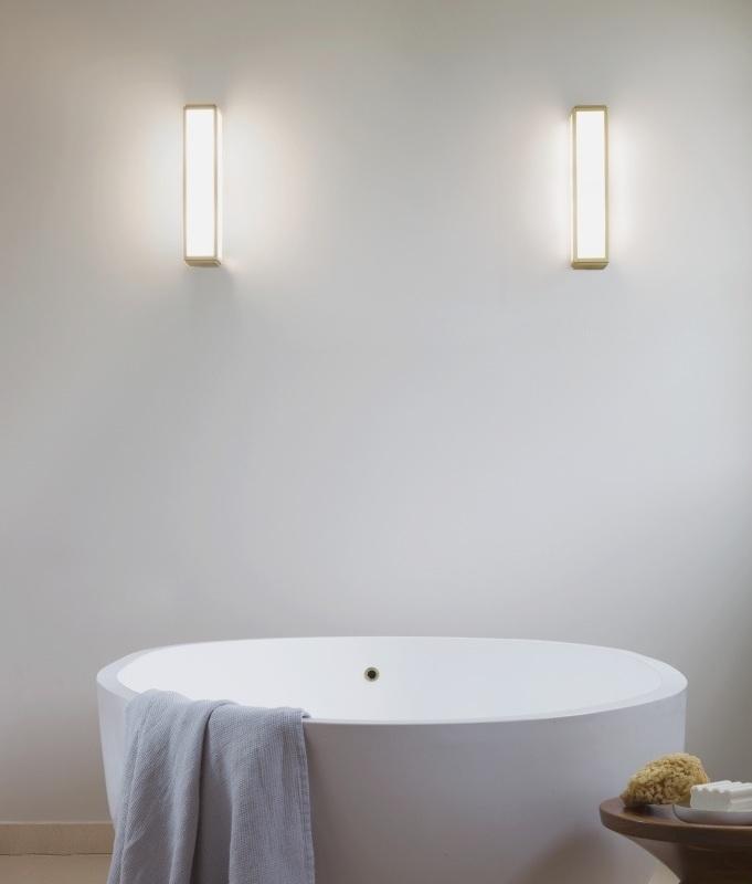 Bathroom Wall Light In Art Deco Design