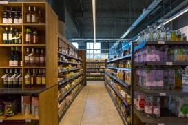 supermarche-chemin-lumineux-2-light-in-shop