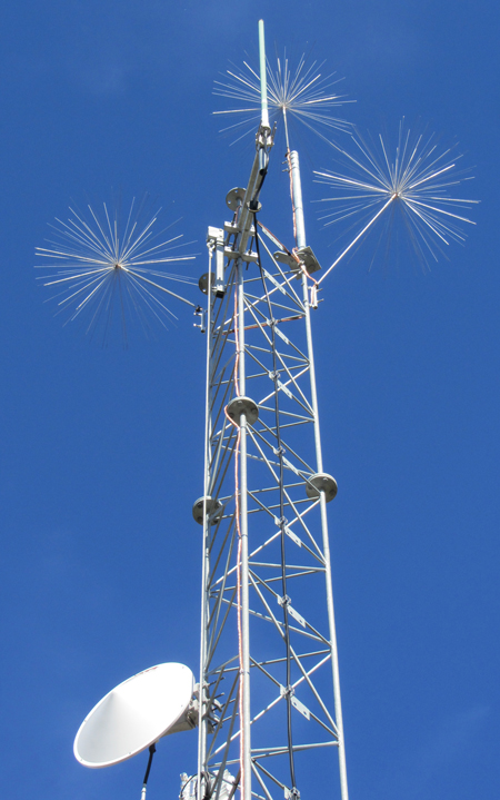 Lightning Protection for Communication Towers  LEC