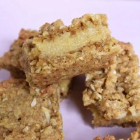 Buttery Caramel Oat Slice (Video)