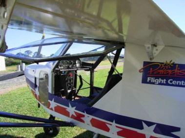 Australian LightWIng SPORT 2000 Door and Cockpit