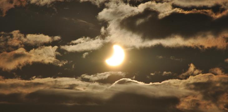 Eclipse de Soleil - 4 Janvier 2011 - Photo : Observatoire de Lyon