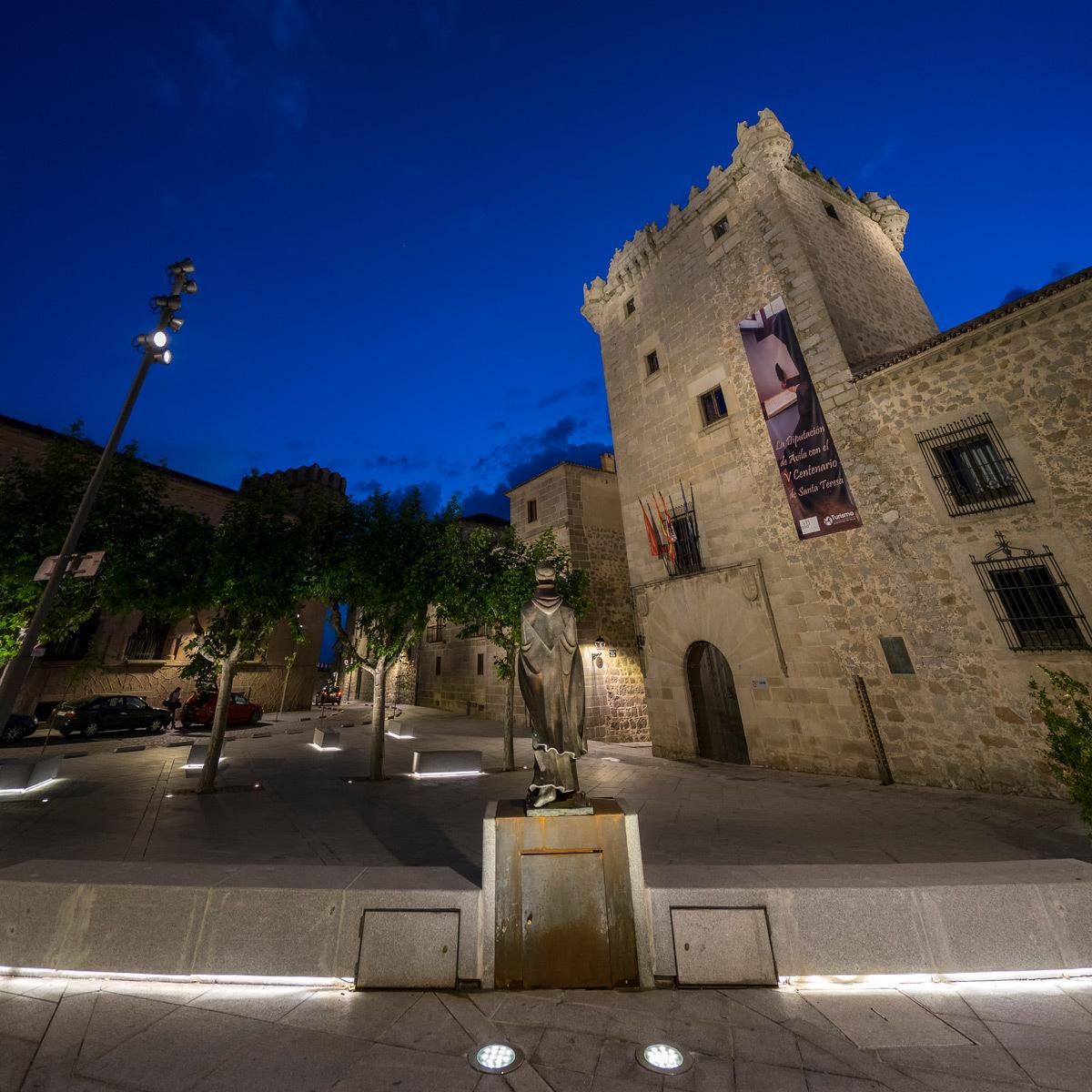 Plan lumière de la ville d'Avila, Espagne - Conception lumière Rafael Gallego, Aureo Lighting