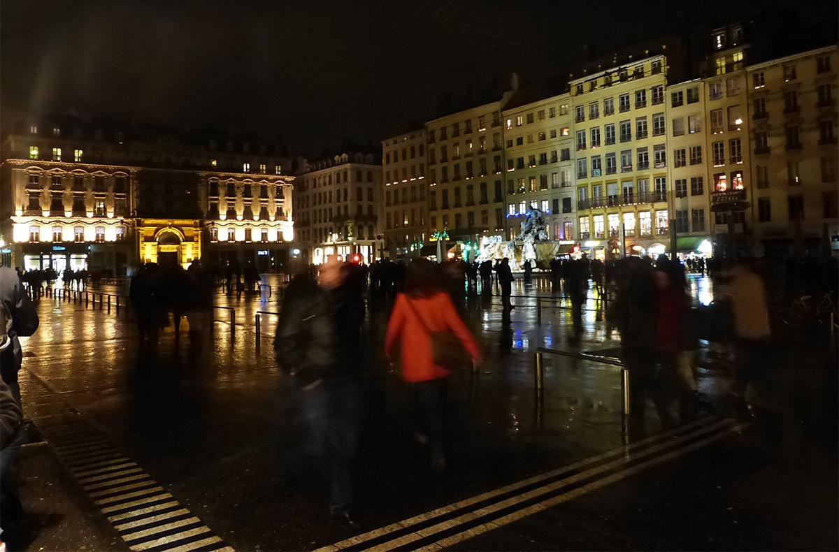 8 Décembre 2015 - Place des Terreaux, Lyon - Photo : Vincent Laganier