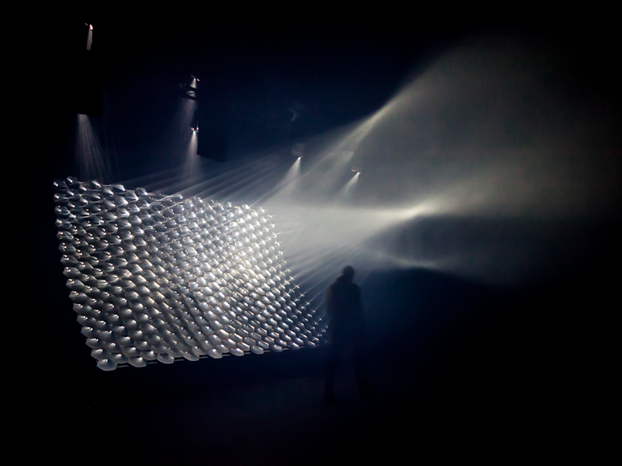 Light Barrier II, STRP, Biennial 2015, Eindhoven - Conception lumière : Kmchi and Chips © darc awards 2015