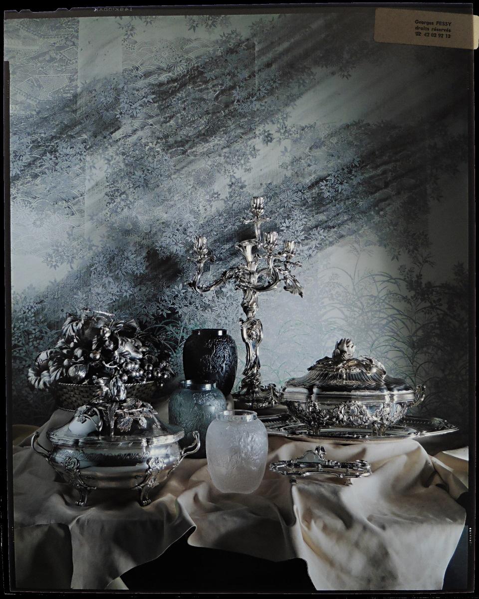 Orfèvrerie - Photographie de Georges Fessy, format 20x25 cm sur film Ektachrome de Kodak - 1982 - Image : Sophie Caclin avec l'aimable autorisation de Georges Fessy