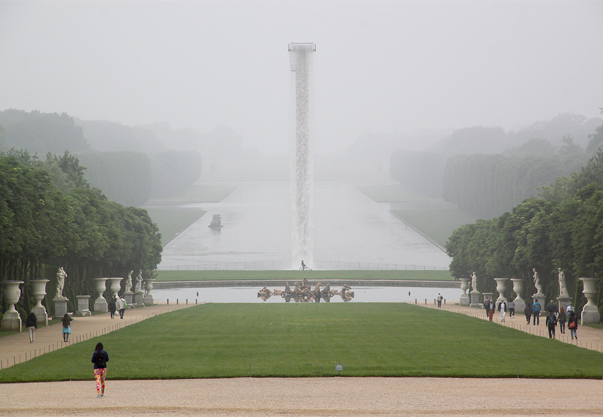 Olafur Eliasson, Waterfall, 2016 - Château de Versailles, France - Photo : Vincent Laganier