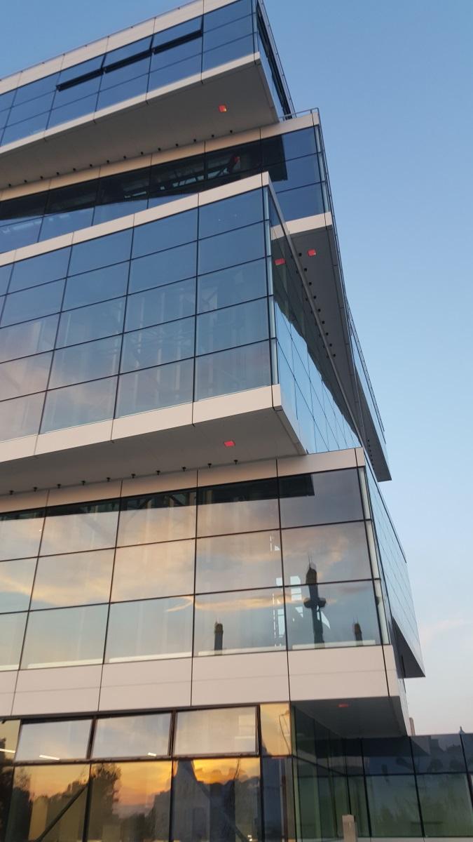 ForteBank, Astana, Kazakhstan - Vue extérieure de jour - Architecture : Saraiva & Partners - Image : Alexandre Kolinka