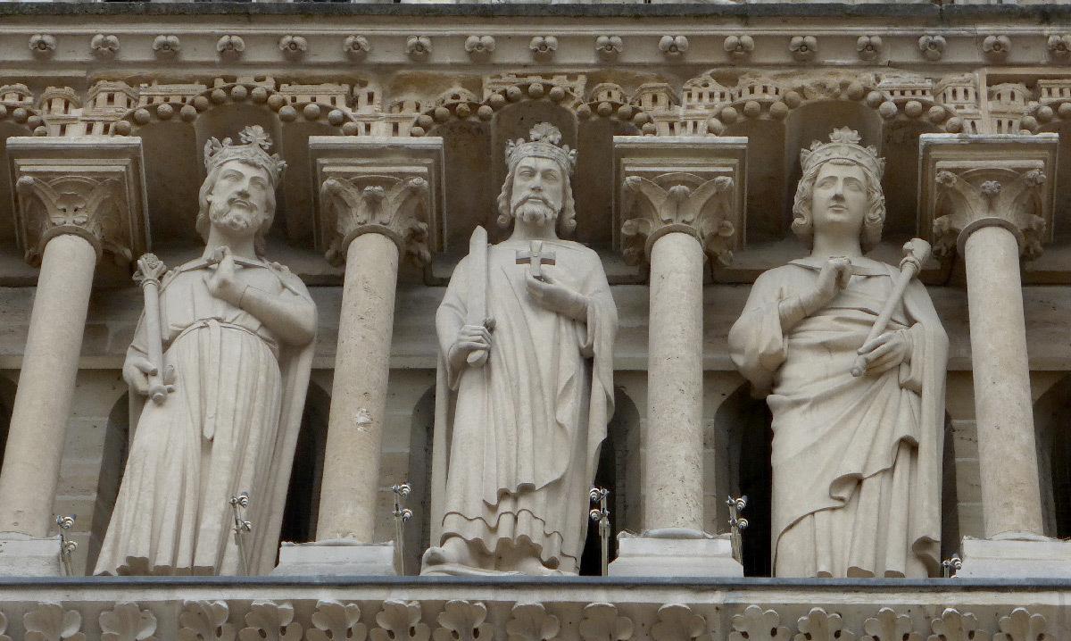 Cathédrale Notre Dame de Paris, France - détail façade occidentale jour