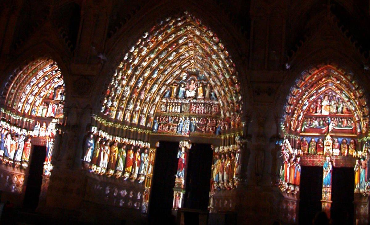 Amiens, la cathédrale en couleurs, France - Scénographes : Skertzò - Spectacle 1999-2016