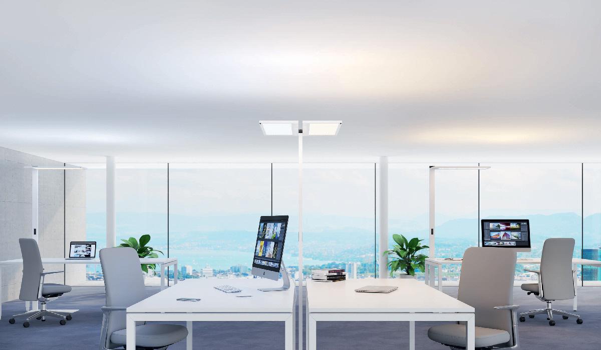 Eclairage de bureau à deux tètes d'éclairage pilotables individuellement