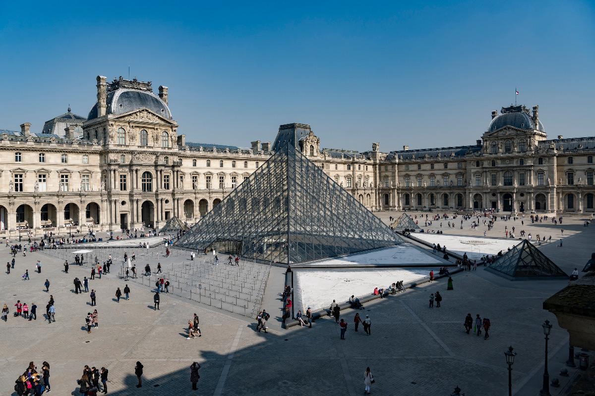 Pyramide du Louvre, Musée du Louvre, Paris, France - Architecte : Ieoh Ming Pei - Ingénieur : Roger Nicolet - 2019 © musee du Louvre, Olivier Ouadah