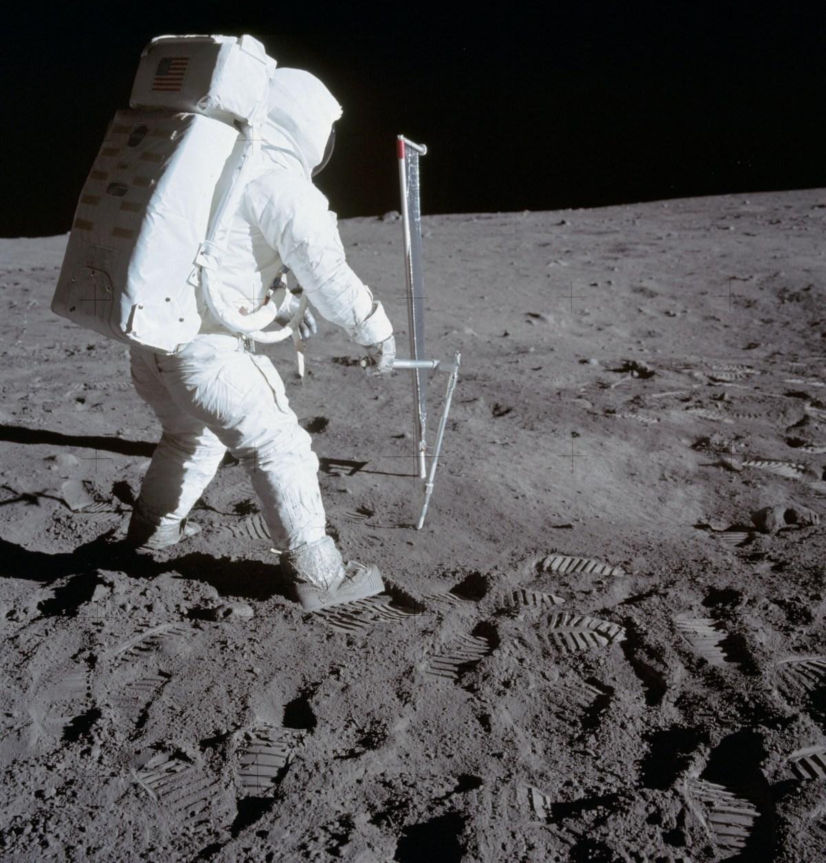 Astronaute Edwin E. Aldrin Jr., pilote du module lunaire durant mission Apollo 11, Lune © NASA - as11-40-5964 - 20 Juillet 1969