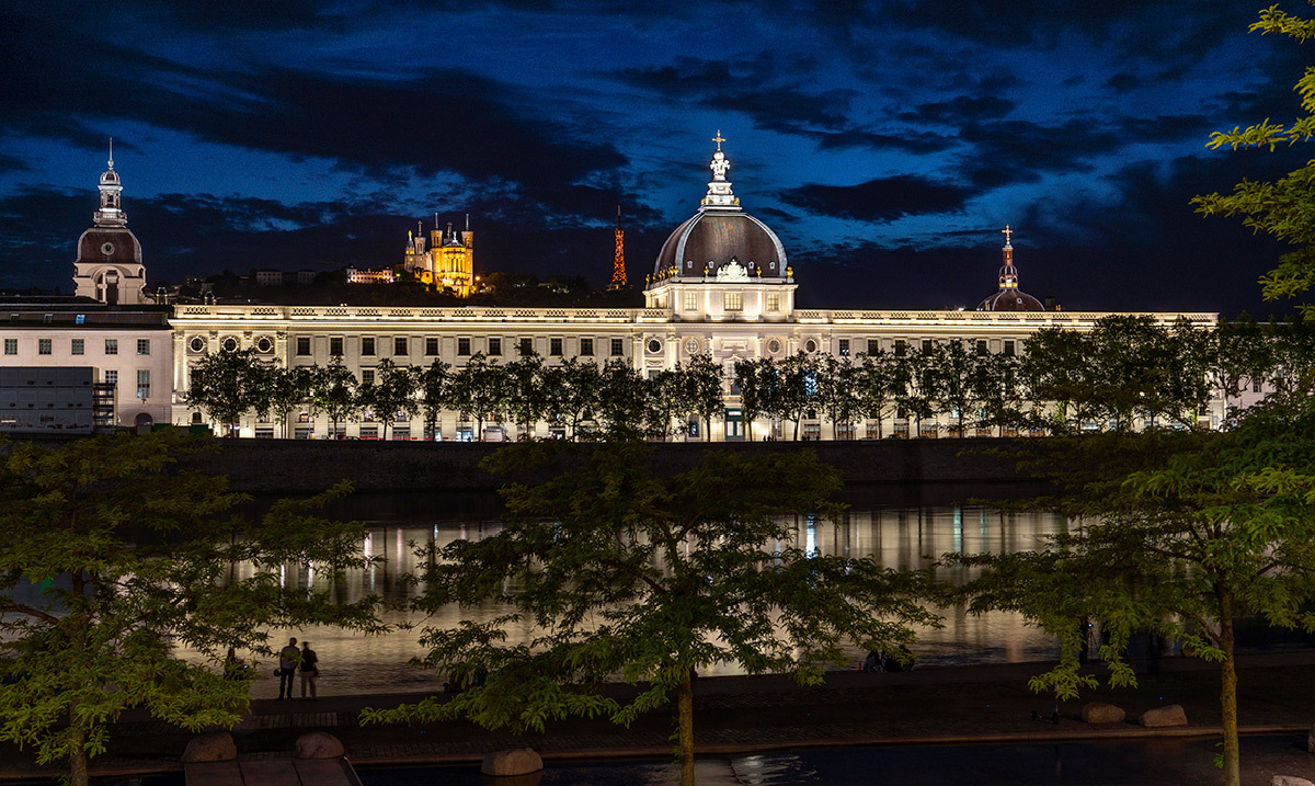 Eclairage extérieur du Grand Hotel Dieu de Lyon