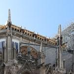 Cathédrale Notre-Dame de Paris, cœur sans toiture, arc-boutant avec contreventement poutre en bois - Septembre 2019 © Vincent Laganier