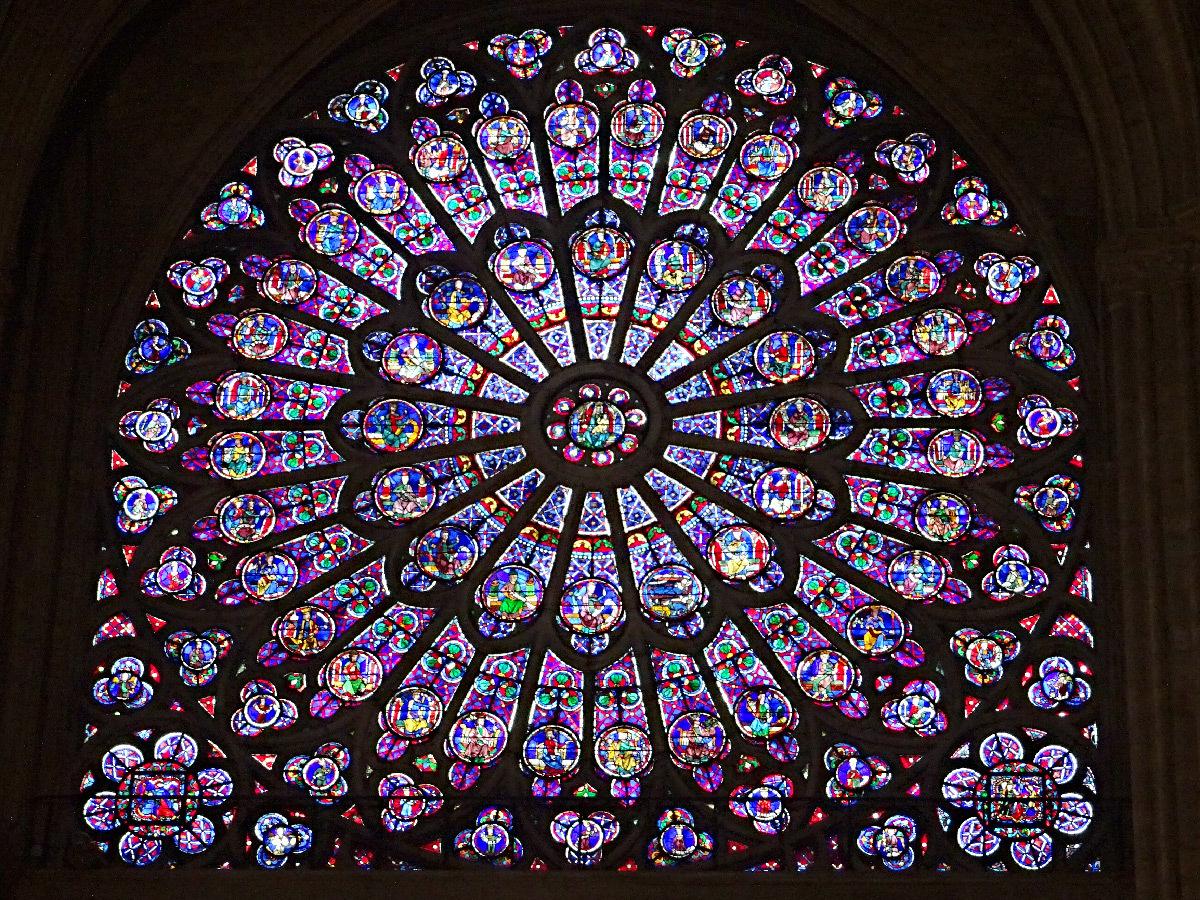 Cathédrale Notre-Dame de Paris, rosace nord du transept, vue intérieure - Novembre 2017 © Vincent Laganier