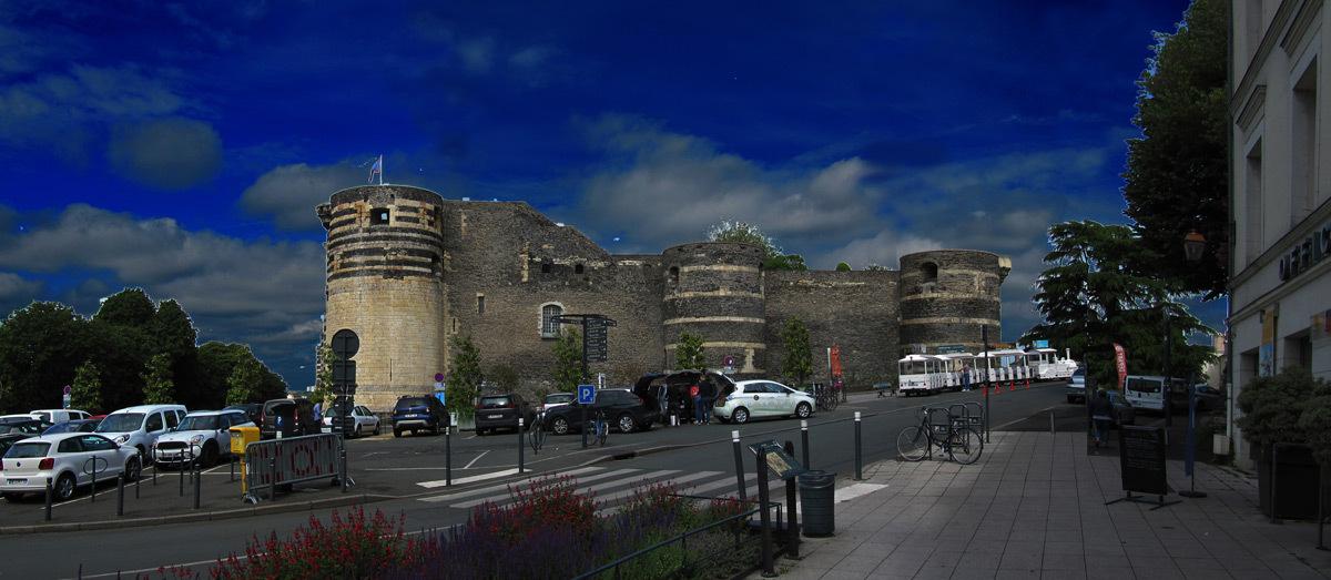 Château d'Angers, place Kennedy, France - de jour © Atelier Émergence, Olivier Charrier
