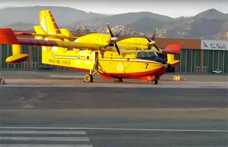 Paura al Colombo per un'emergenza al carrello del Canadair