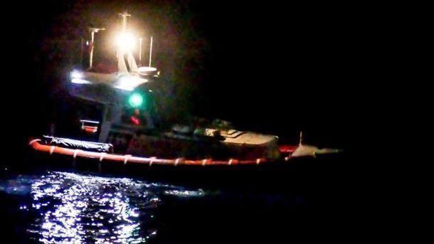SAVONA. Donna si getta in mare dopo litigio, riprese ricerche