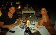 Gossip - Per Belen e Stefano pace e amore a Dubai, ma lui si sfoga su Facebook