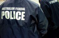 Melbourne, accoltella passanti per strada: un morto