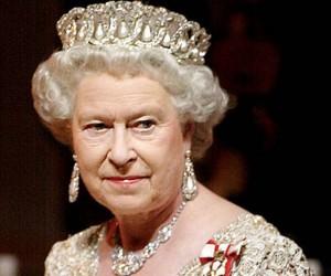 La regina Elisabetta lascerà Buckingam Palace