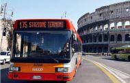 Incidente a Roma - Bus Atac contro albero: 9 feriti