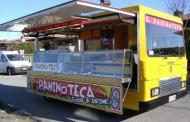 Roma - Camion-bar sfrattati dall'area archeologica