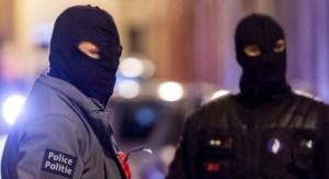 Bruxelles, sparatoria tra polizia e sospetti terroristi