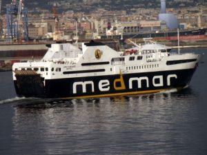 Turista muore a bordo di un traghetto di rientro dalle vacanze ad Ischia