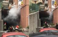 Borzoli - Box in fiamme in via Cristo di Marmo, un ferito