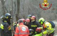 Calice, ciclista cade e si ferisce su sentiero sterrato: soccorso dall'elicottero