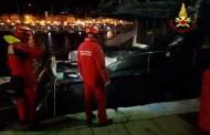 Lavagna, yacht ormeggiati in porto distrutti da un incendio