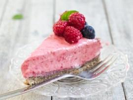 smrznuta sirova torta od malina (11)