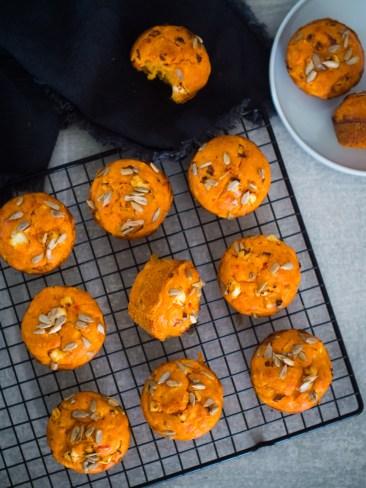 slani muffini s krumpirom, feta sirom i ajvarom (12)