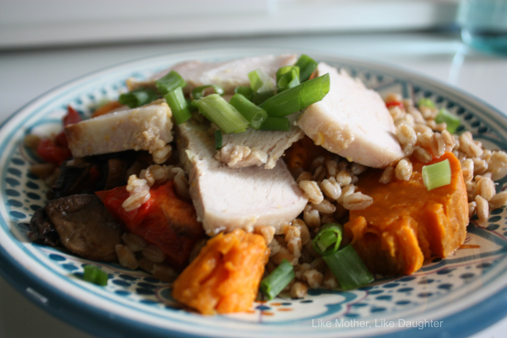 Tasty farro salad with pork 2
