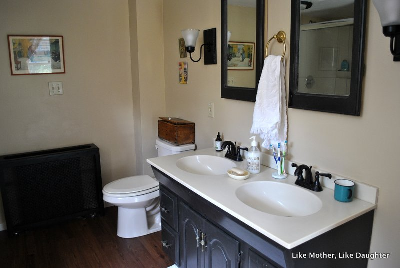 Almond Bathroom Fixtures A Make Do Bathroom Makeover