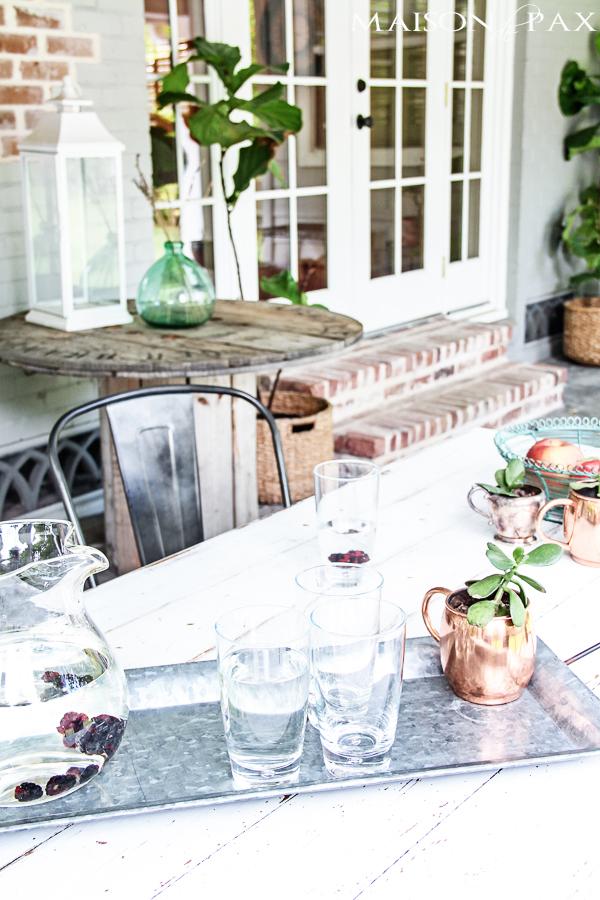 maison de pax back porch