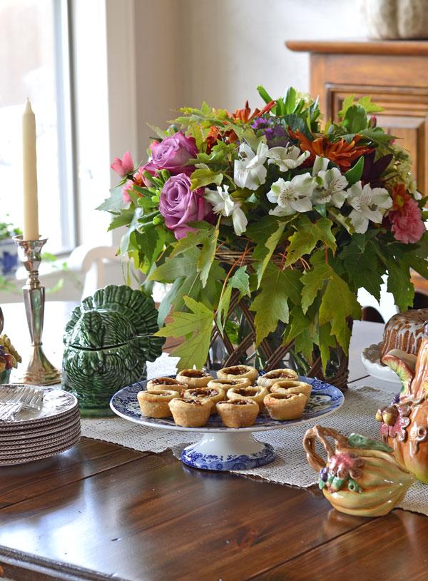 thanksgiving-brunch-table