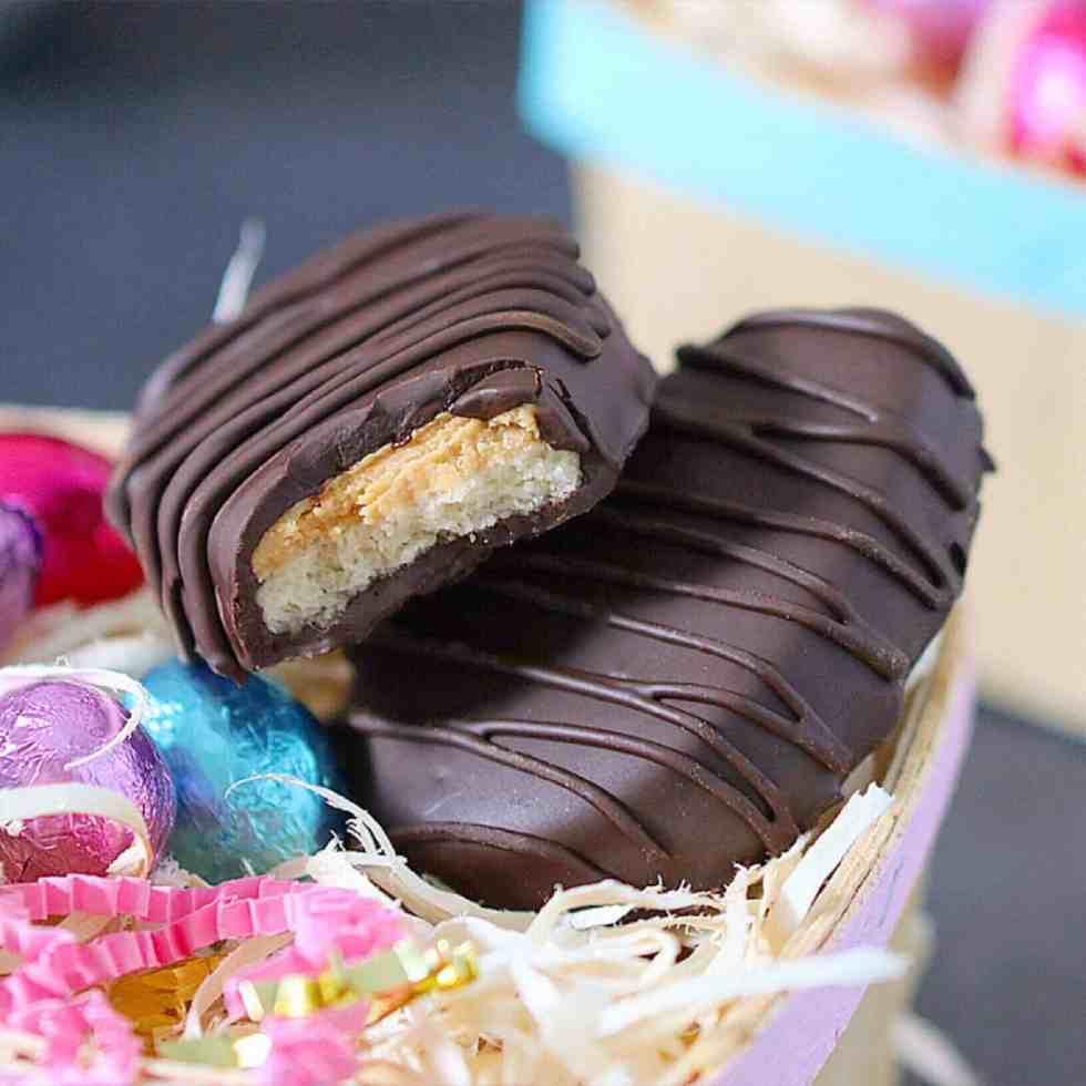 Easter main