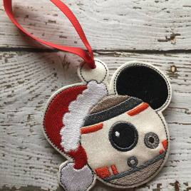 ITH – B8 Mouse Ornament 4×4 and 5×7 grouped