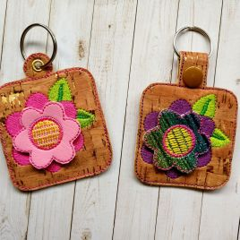 ITH 3D Spring Flower Fobs- 4×4 and 5×7 grouped- DIGITAL Embroidery DESIGN