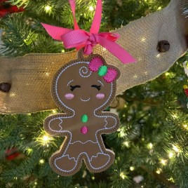 ITH – Gingerbread Family Set #10 Ornament 4×4 and 5×7 grouped – Digital Embroidery Design