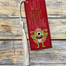ITH – Wild About Reading Bookmark 4×4 and 5×7 Grouped – Digital Embroidery Design