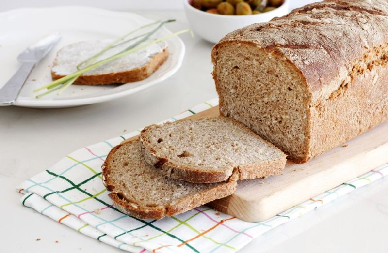 Whole Wheat Bread with Oats