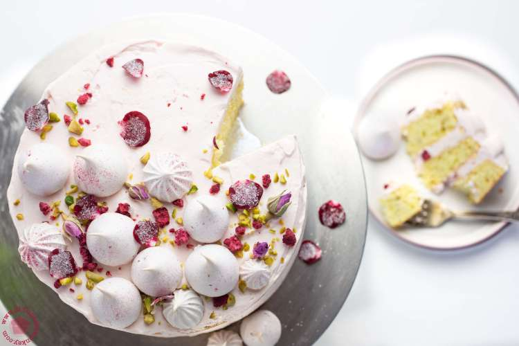 persian love cake | lilcupcakemonkey.com